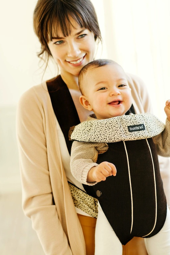 babybjorn '60s-inspired carrier